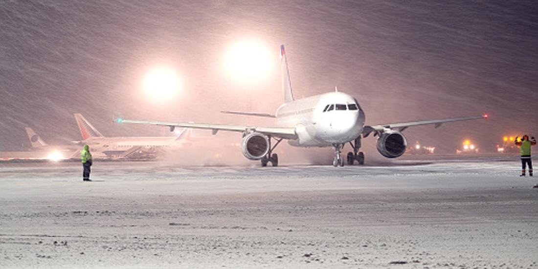 Onda de frio polar atinge a Europa e cancela voos
