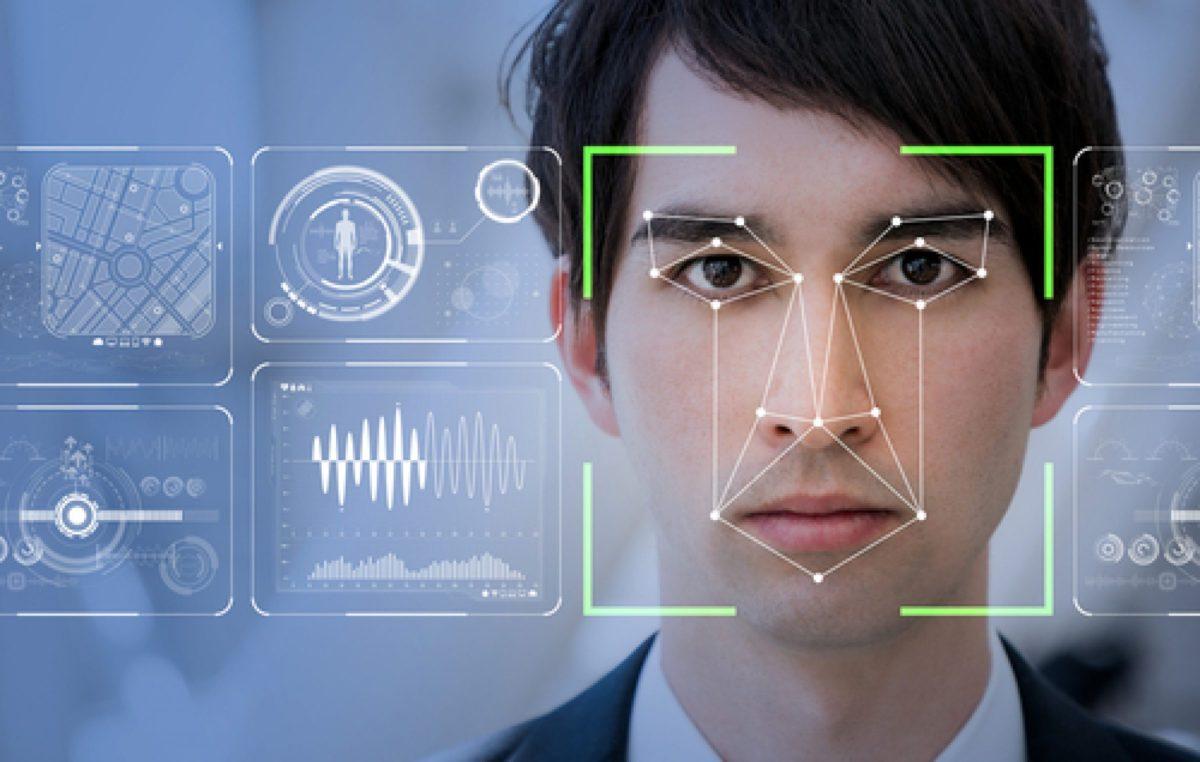 Delta implanta projeto piloto de embarque por reconhecimento facial