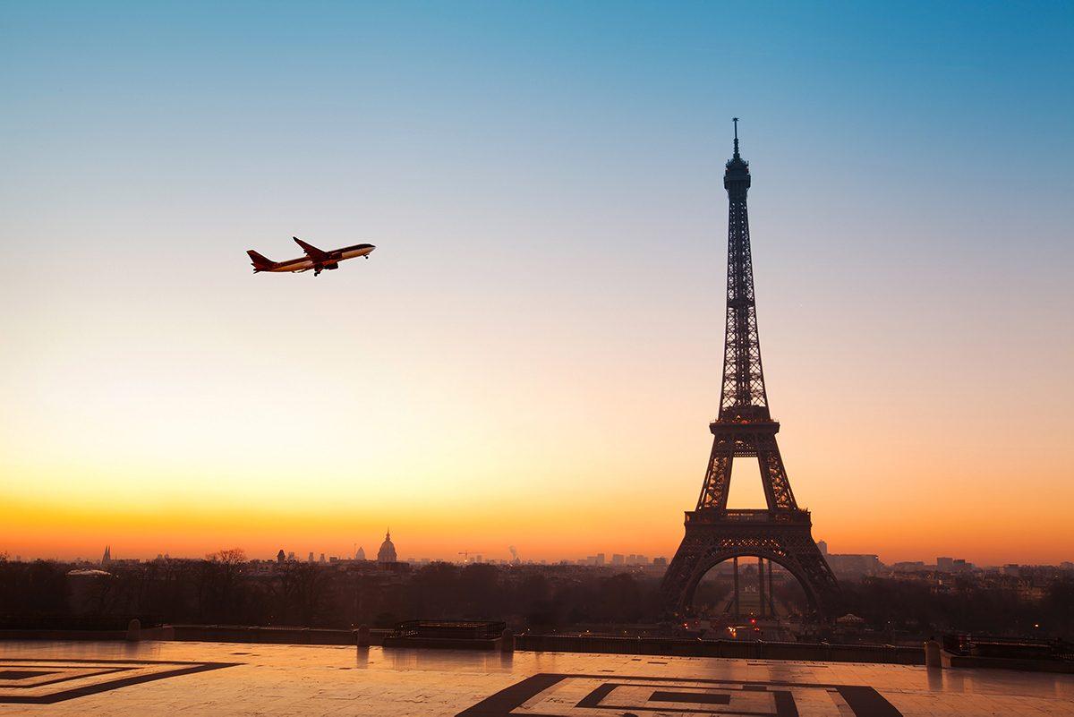 França aplicará taxa ecológica em passagens aéreas