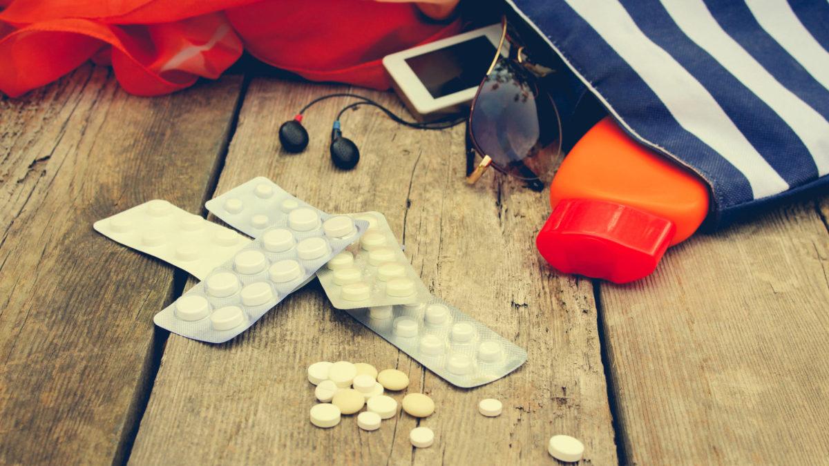 Saiba se você está viajando com seus medicamentos legalizados
