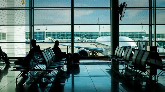 Com greve, cias aéreas flexibilizam remarcação de viagens