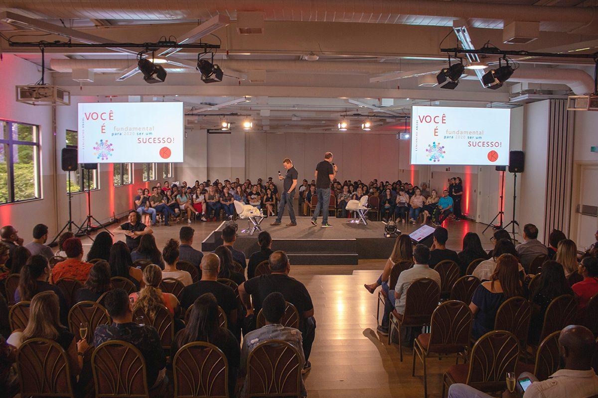 Grupo Kontik realiza encontro anual para colaboradores em São Paulo